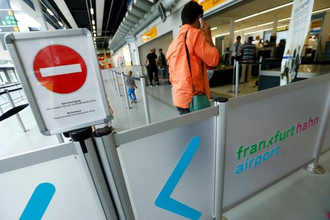 A 'No Entrance' sign is pictured at Frankfurt Hahn airport 100 kilometers (60 miles) west of Frankfurt, Germany June 6, 2016.  REUTERS/Ralph Orlowski