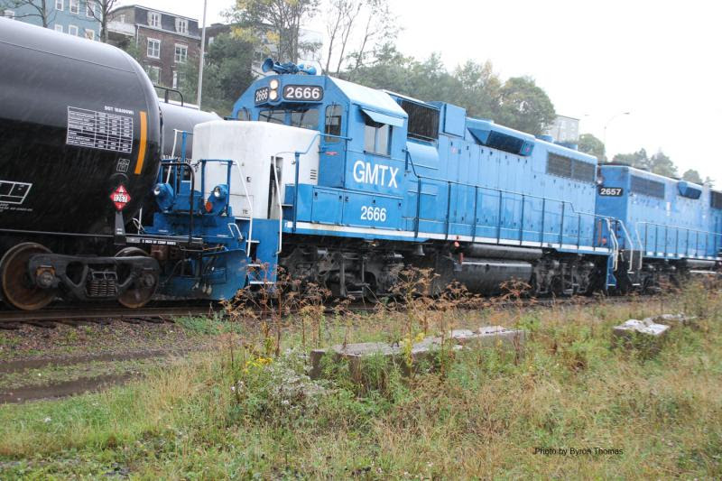 HLCX 2657 and 2666 in Saint John, by Byron Thomas