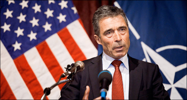 "NATO's Anders Fogh Rasmussen: ""We stand ready to continue assisting Ukraine in its democratic reforms."" Photo: U.S. Defense Department"