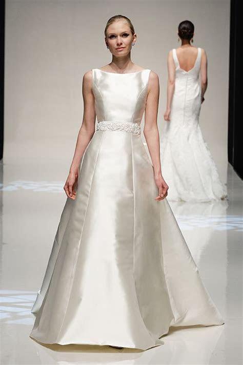Lost In You   silk mikado wedding gown. www.stewartparvin