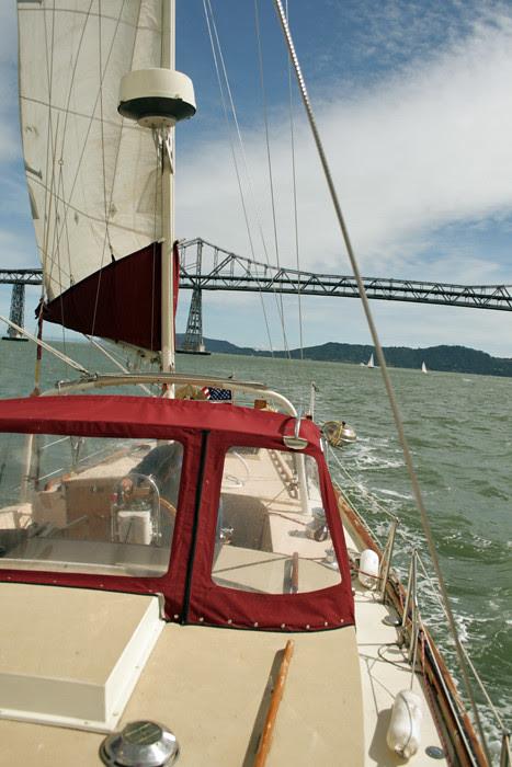 SR-Rich Bridge Astern