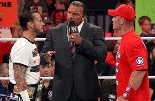 John Cena oraz CM Punk stanęli po stronie Triple H'a
