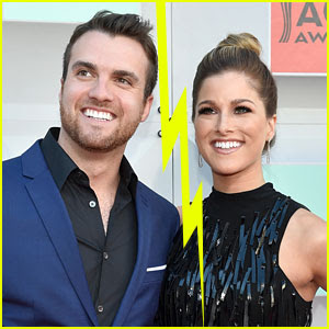 The Voice's Cassadee Pope & Rian Dawson Split, End Engagement (Report)