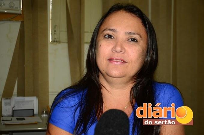 Paraíba: Prefeitura deixa centenas de alunos sem estudar por falta de renovação de convênio com o Estado