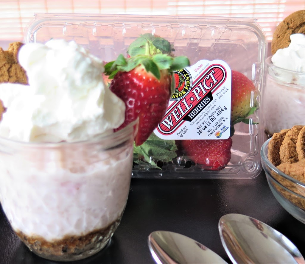 Strawberry Ginger Rice Pudding Cups #SundaySupper # ...