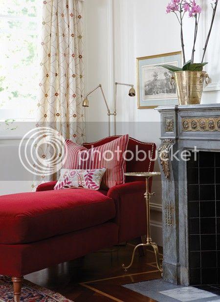 house-home-sarah-richardson-design-traditional-living-room-3-photobystaceybrandford-march2012