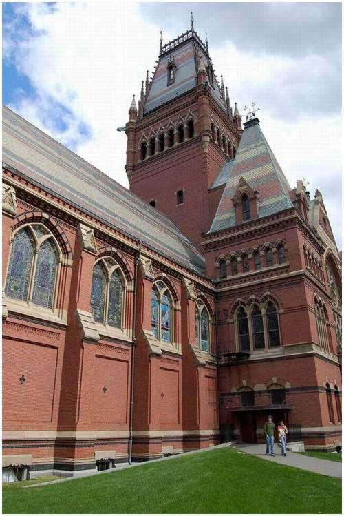 Beautiful-canteen-of-Harvard-University-9