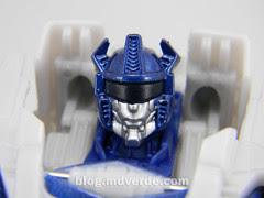 Transformers Jazz Deluxe - Generations FoC - modo robot