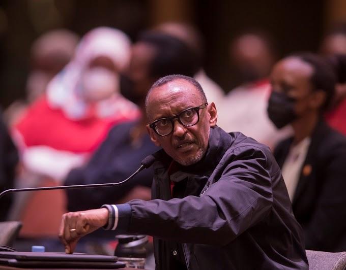 Mureke kumera nk'isenene – Perezida Kagame avuga ku mahitamo akwiye kuranga abanyarwanda -