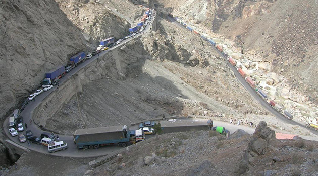 estradas perigosas cabul Jalalabad As 10 estradas mais perigosas do mundo