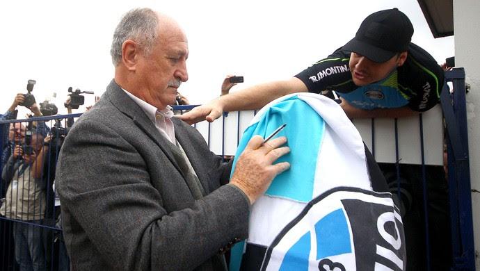 Felipão Scolari com a torcida do Grêmio (Foto: Lucas Uebel / Site Oficial do Grêmio)