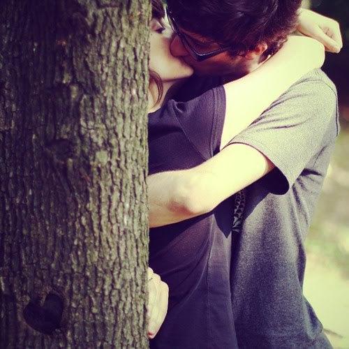 ..eu só quero que saiba, jamais mulher alguma vai desfazer o que eu realmente sinto por você! são varias que vem e muitas que vão, mais o meu coração só pertence a você. não sei explica, mais o que eu sinto por você é uma coisa muito boa, chega o dia e eu torço para noite cair logo pra mim estar do seu lado em meus sonhos. minina só quero que saiba, que a melhor coisa do mundo é te amar! T ♥