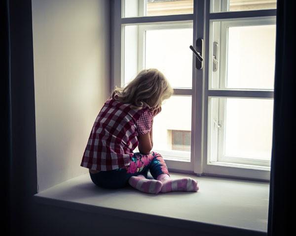 No último ano, 37 mil casos de violência sexual contra crianças e adolescentes foram denunciados por meio do Disque-100 (Foto: Thinkstock)