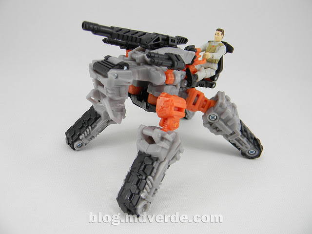 Transformers Thunderhead DotM Human Alliance - modo arma móvil