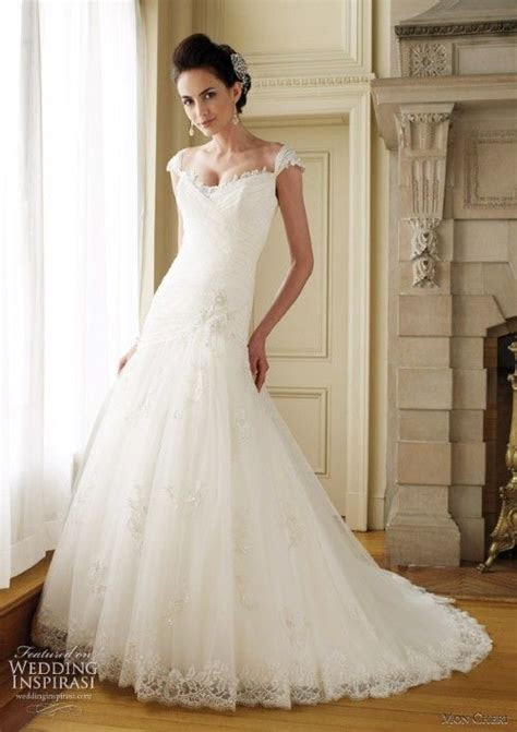 Gowns for Petite Brides   Petite wedding dresses can have