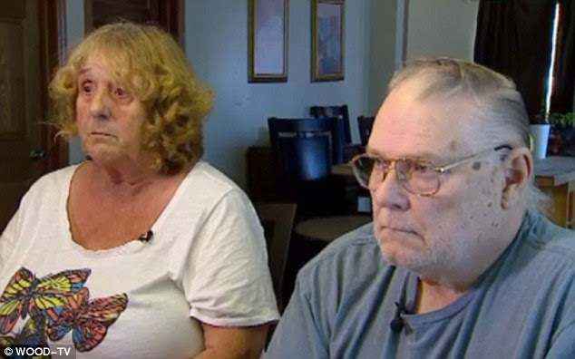 Lillian and Charles Durum are sure their daughter-in-law murdered their son, and believe the parrot is proof