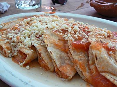 enchiladas potosinas.jpg