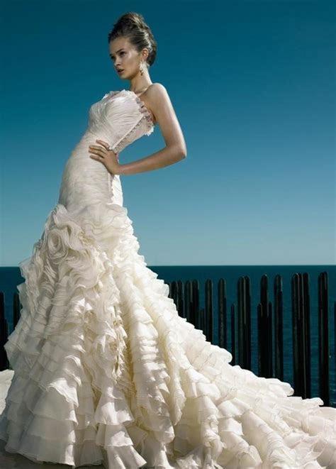 Best 25  Spanish wedding dresses ideas on Pinterest