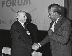 http://upload.wikimedia.org/wikipedia/commons/thumb/c/c8/Frederik_de_Klerk_with_Nelson_Mandela_-_World_Economic_Forum_Annual_Meeting_Davos_1992.jpg/250px-Frederik_de_Klerk_with_Nelson_Mandela_-_World_Economic_Forum_Annual_Meeting_Davos_1992.jpg
