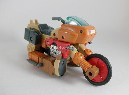 Transformers Wreck-Gar G1 - modo alterno (by mdverde)