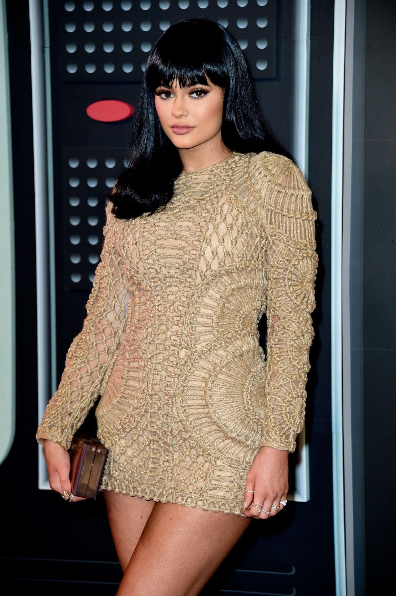 http://celebmafia.com/wp-content/uploads/2015/08/kylie-jenner-2015-mtv-video-music-awards-at-microsoft-theater-in-los-angeles_11.jpg