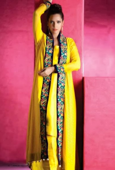 Girls-Women-Embroidered-Party-Wear-New-Fashion-Suits-Jamawar-Velvet-Outfits-by-Sadaf-Amir-13