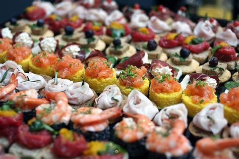 Island's Events: Finger Food Listing