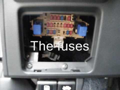 2003 infiniti g35 fuse box location image 8