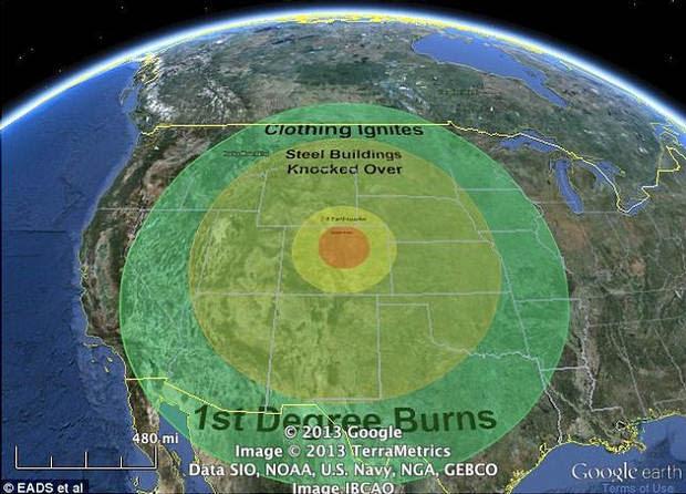 Esta simulación muestra el área afectada si algo del tamaño del cometa Halley impactara en el centro de Estados Unidos, un posible escenario de extinción masiva.