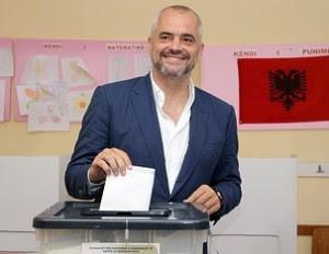 Τρελοκομείο… το αλβανικό στις εκλογές με την ΕΕ παρατηρητή