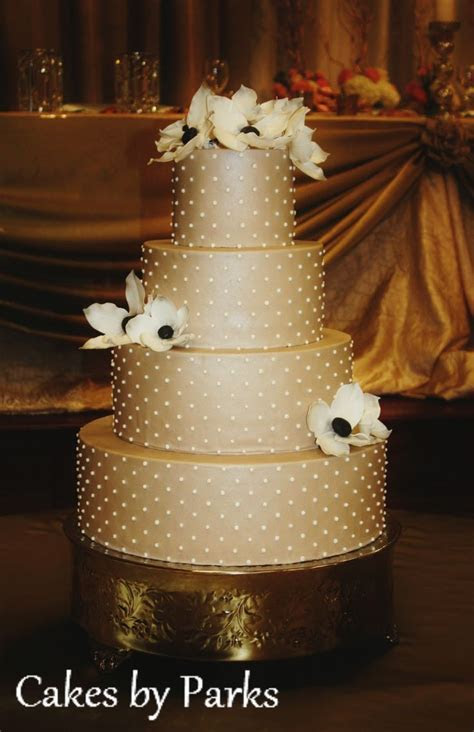 25  best ideas about Champagne wedding cakes on Pinterest