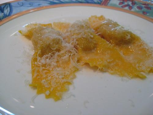 Tortelli di Zucca (Zucca, Amaretti, Mostarda e Parmigiano Reggiano) (un classico del Pescatore)