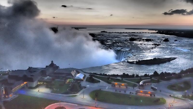 Niagara Falls - Canadian Side Dramatic