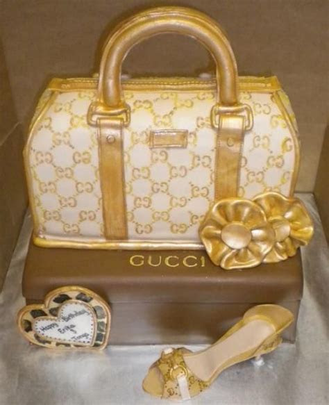 1000  images about Gucci Birthday Cakes on Pinterest