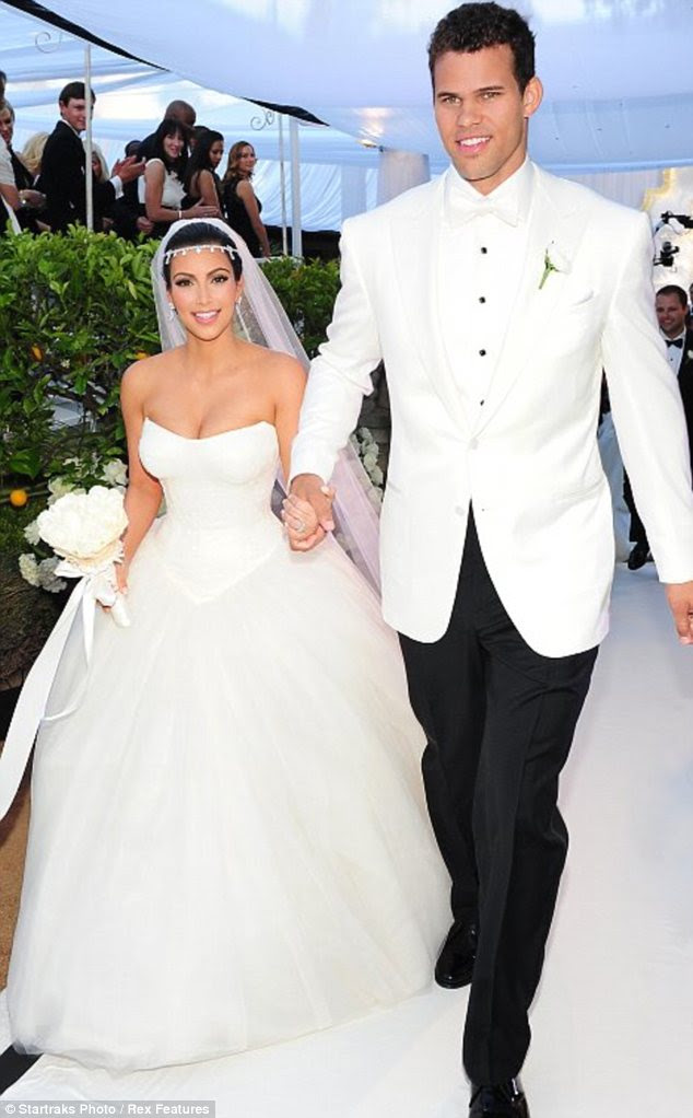 Não um vestido de sorte: A Vera Wang número Kim Kardashian usava para seu casamento malfadado