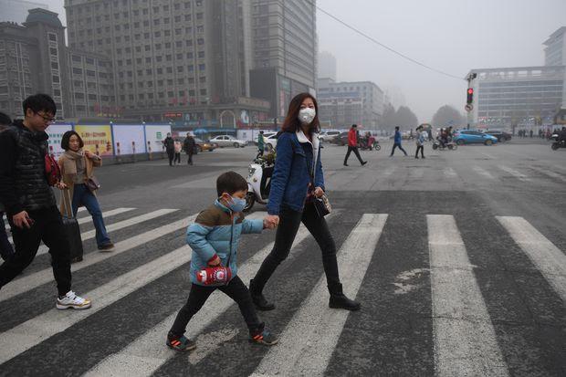 Poluição em Shijiazhuang, na província chinesa de Hebei