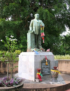 Statue of Ratsada Korsimbi Na Ranong on Rang Hill