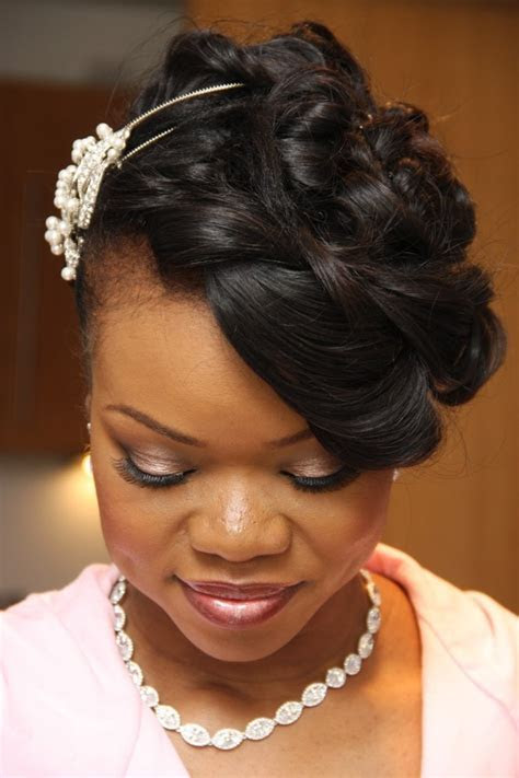 8 Wedding Hair Styles Fit for a Queen   Sugar Weddings