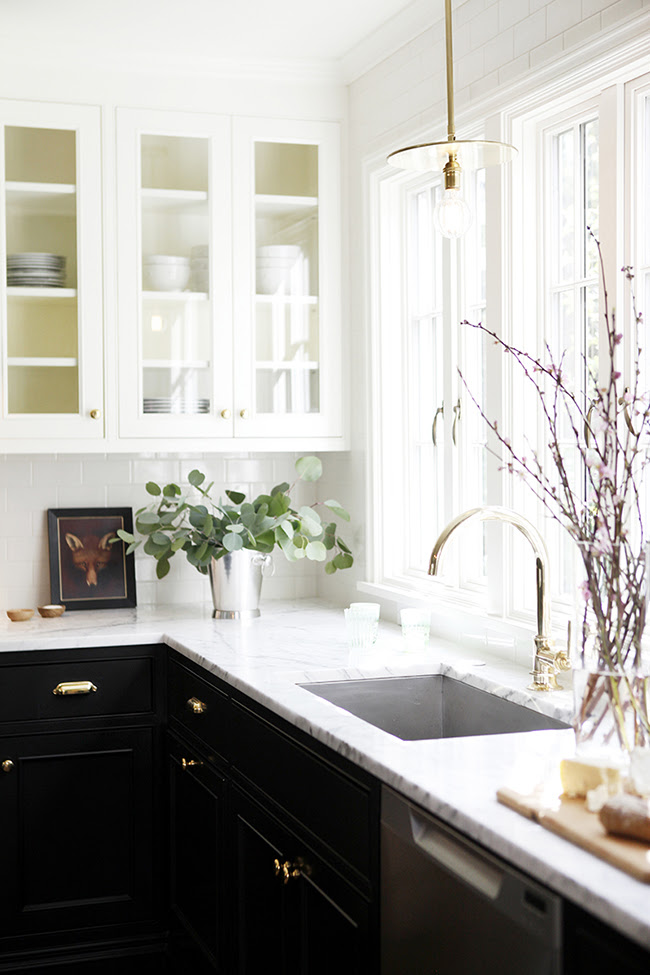 7 Ideas to Make the Most of a Small Kitchen - Swoon Worthy