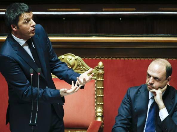Matteo Renzi e Angelino Alfano al Senato (Reuters)