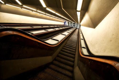 Endless Elevators por Digit@l Exposure II
