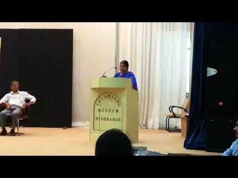 ڈاکٹرعزیز سہیل کی تصنیف ڈاکٹر شیلا راج کی تاریخی و ادبی خدمات پر پروفیسرفاطمہ بیگم پروین تبصرہ کرتے ہوئے ۔