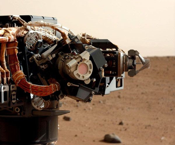The Mastcam on the Curiosity Mars rover took this image of the robotic arm, on September 5, 2012.