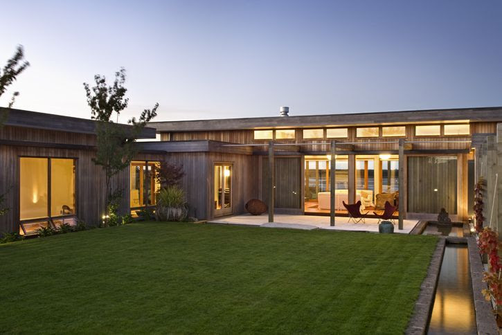u shaped house  plans  with courtyard  Port Inspiration