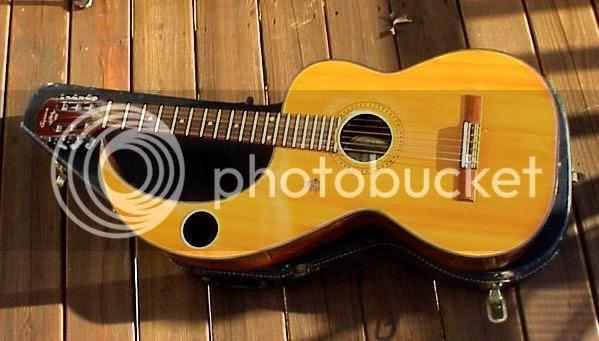 Espana winged acoustic