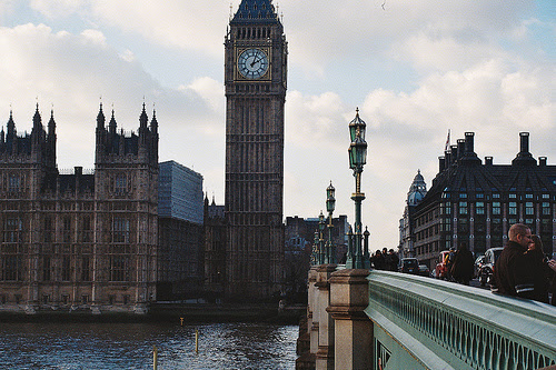 Big-ben-houses-united-kingdom-architecture-favim.com-501873_large