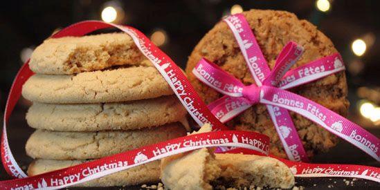 happy christmas ribbon, bonnes fete ruban, white christmas ribbon