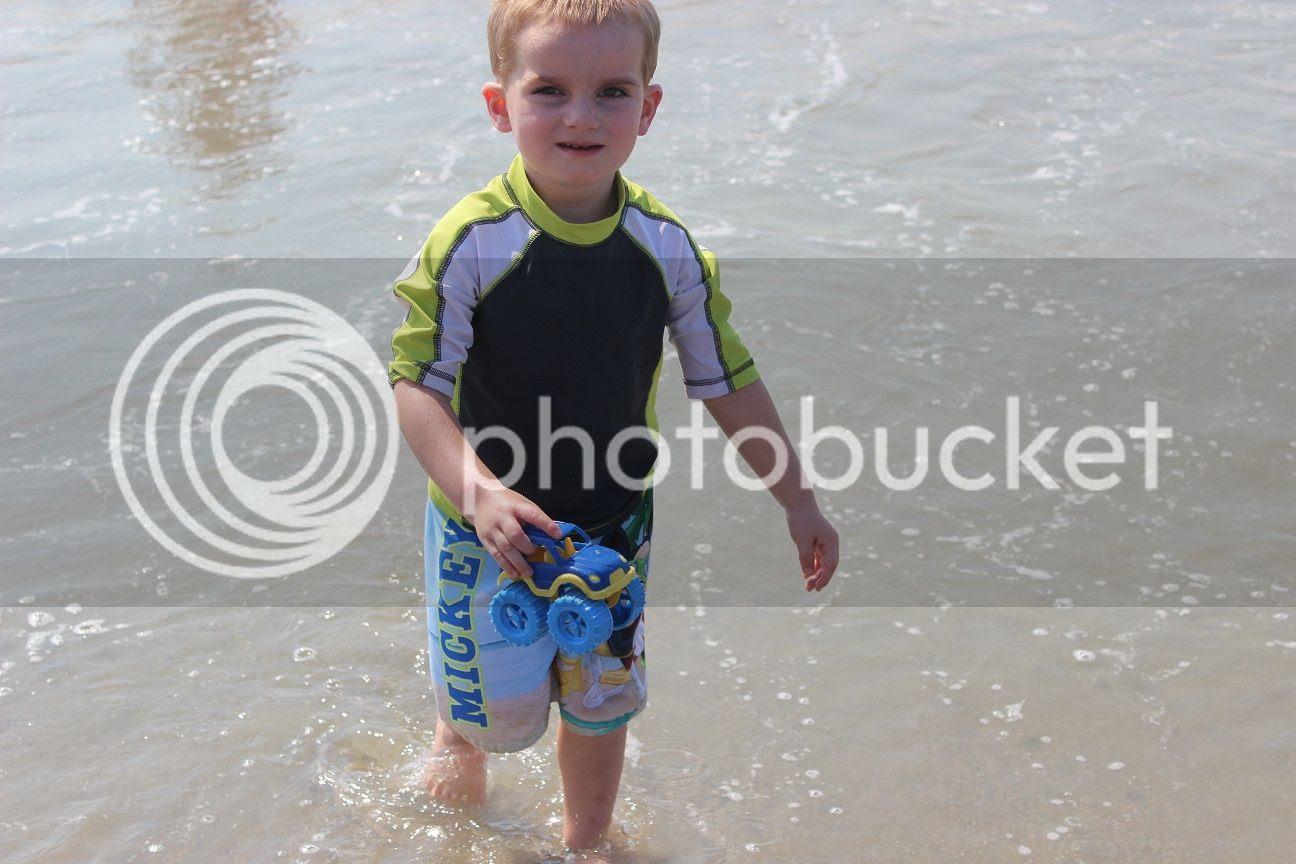 photo beach102_zpsd1bf58d0.jpg