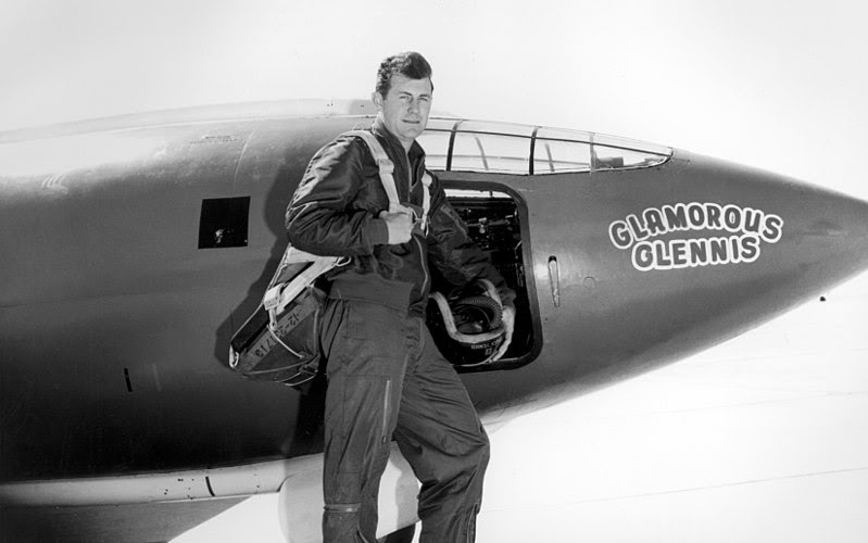 File:Chuck Yeager.jpg