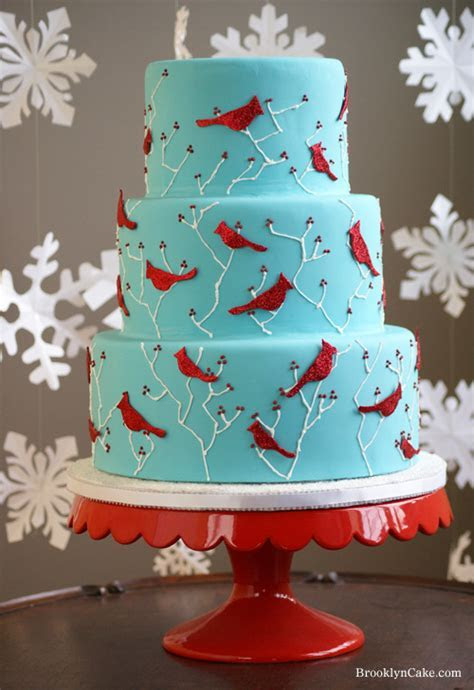 Wedding Cakes Pictures: Blue and Red Wedding Cakes